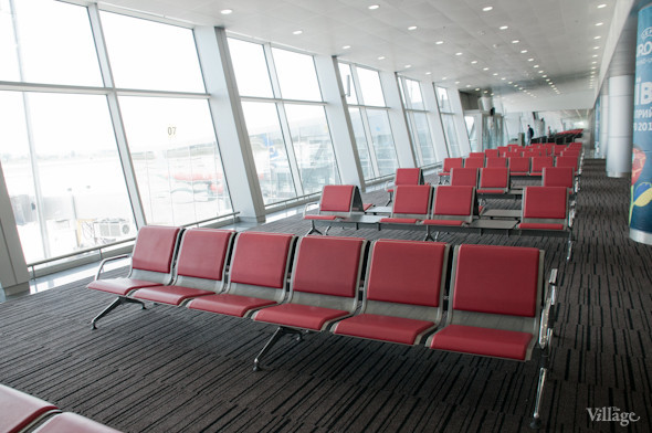 Фоторепортаж: В аэропорту Борисполь открыли самый большой на Украине терминал. Зображення № 12.