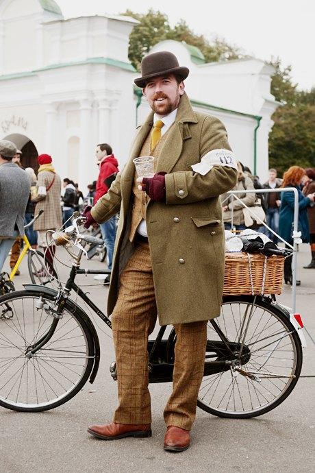 Твид выходного дня: Участники ретрокруиза — о своей одежде и велосипедах. Изображение № 21.