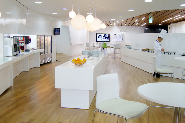 Лаундж-зоны, в южнокорейском аэропорту Инчеон.. Изображение № 19.