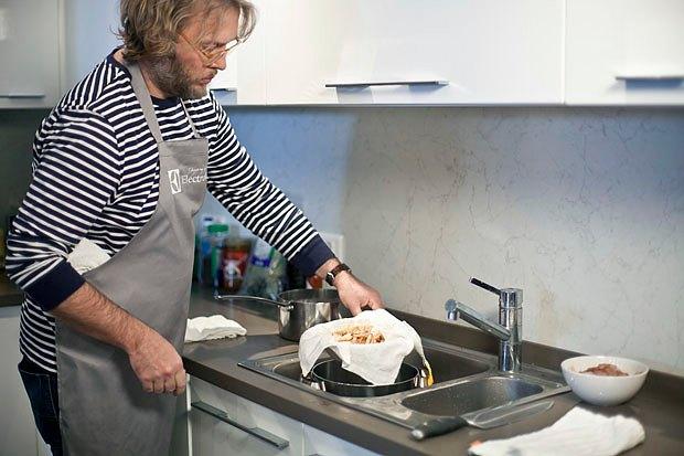 Шеф дома: Том ям и сашими из тунца Геннадия Иозефавичуса. Изображение № 41.