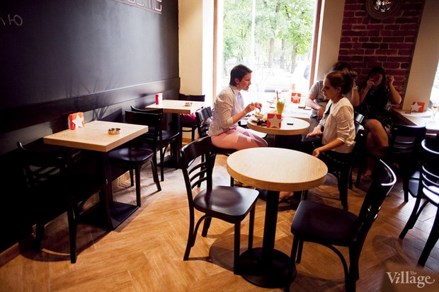Новое место: Бургер-бар «11/1». Изображение № 13.