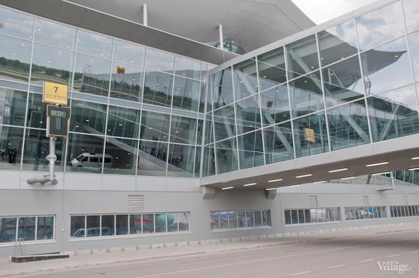 Фоторепортаж: В аэропорту Борисполь открыли самый большой на Украине терминал. Зображення № 31.