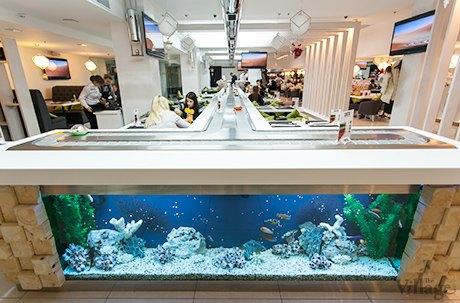 На Крещатике открылся ресторан с суши-конвейером. Изображение № 8.