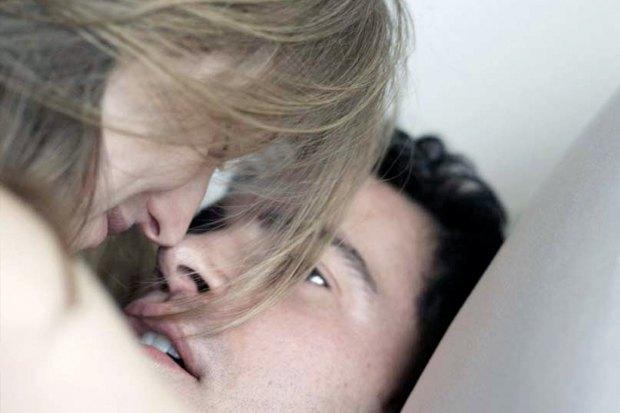 «28 спален», мелодрама о несовершенной паре — мужчине и женщине, изменяющих своим половинам . Изображение № 4.