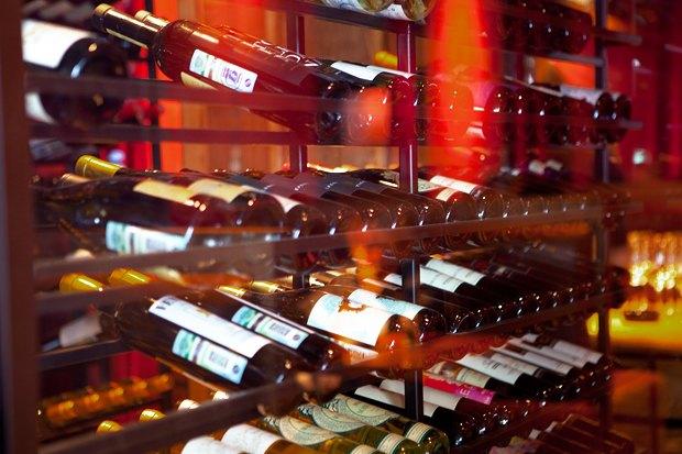 За стеклом: Где покупать вино в Москве. Изображение №10.