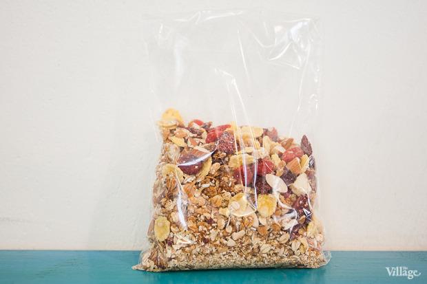 Медовые мюсли с миндалем, белым шоколадом и сублимированной малиной — 150 рублей. Изображение № 12.