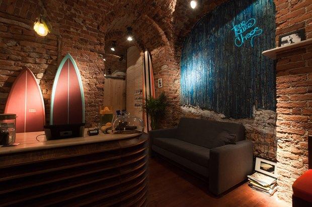 У «Сенной площади» открыли «сёрферскую» кофейню SurfCoffee. Изображение № 4.