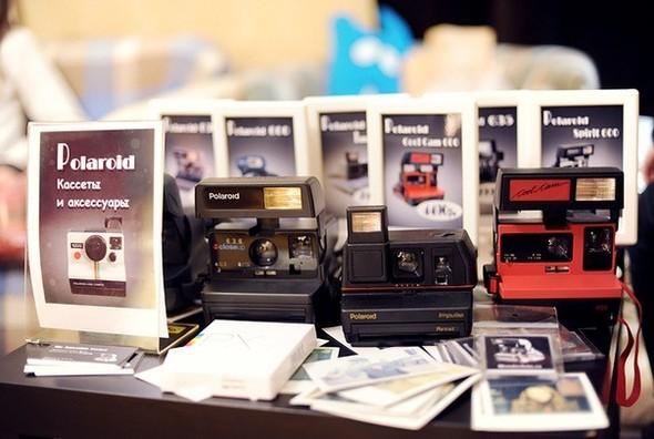 На «Чистых прудах» открылся магазин Polaroid. Изображение № 4.