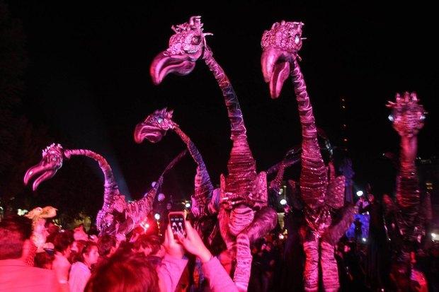 По Елагину острову будут ходить шестиметровые динозавры. Изображение № 1.