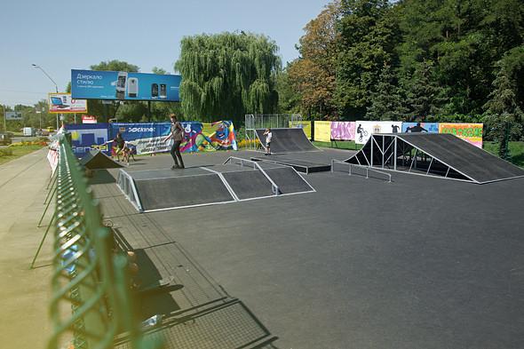 На Нивках открылся первый скейт-парк. Зображення № 4.