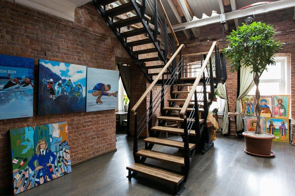 Квартира художника смансардой. Изображение № 2.