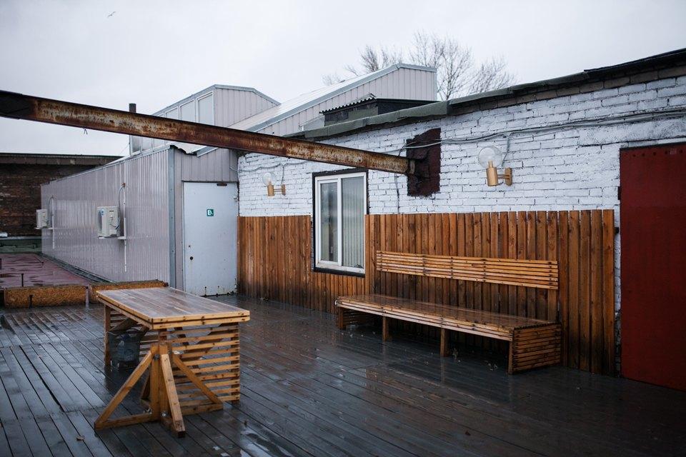 Жилой лофт имастерская накрыше завода. Изображение № 11.