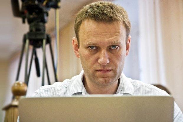 Обыск в «Яндекс.Деньгах», новый вид мошенничества с iPhone и запуск «Спутника». Изображение № 4.