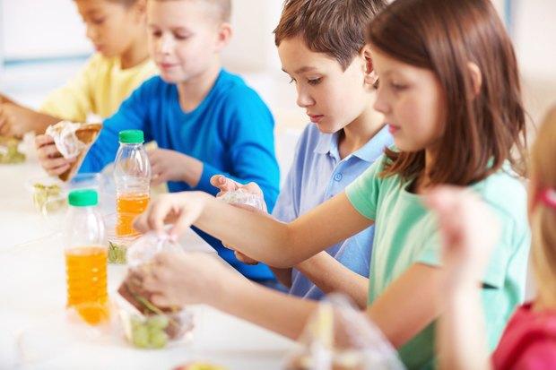 Как у них: Что едят дети вшколах Сиднея, Парижа, Берлина, Монреаля, Ханоя иМариуполя. Изображение № 6.