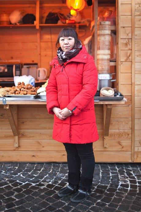 Люди в городе: Продавцы рождественской ярмарки на Островского. Изображение № 52.