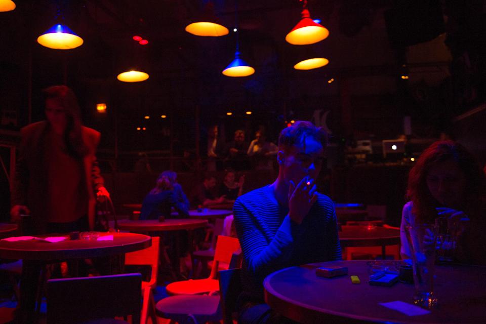 Последний день курения в клубах, ресторанах ибарах. Изображение № 12.