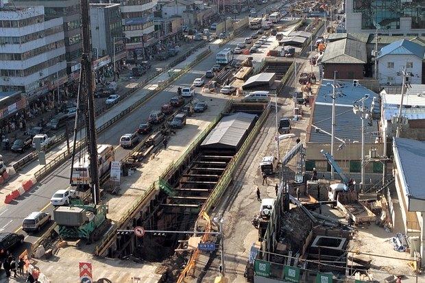 Иностранный опыт: Раскопанная река в Сеуле. Изображение № 5.