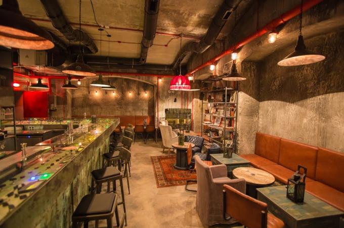 В бывшем бомбоубежище открывается бар «Kot шрёdiнгера». Изображение № 1.