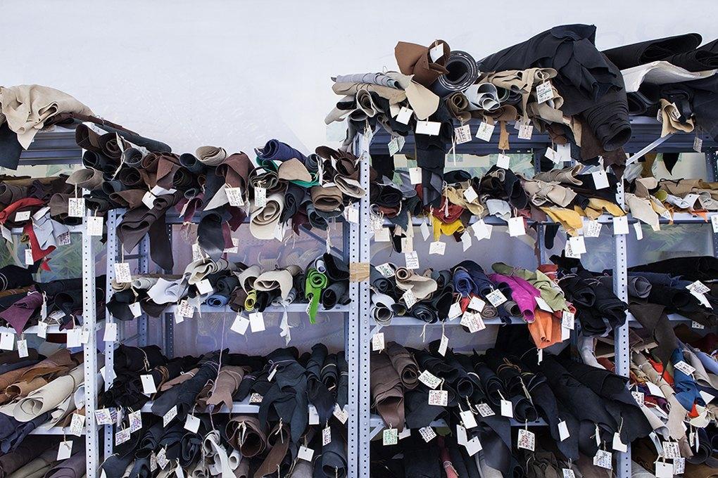 Производственный процесс: Как делают ботинки. Изображение № 1.