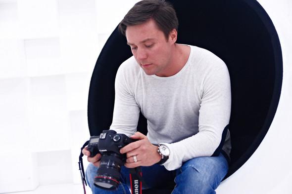Два в одном: Быть рекламным фотографом и совладельцем бренда домашней обуви «Валешки». Изображение № 9.