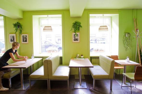 В Петербурге открылось вегетарианское кафе. Изображение № 2.