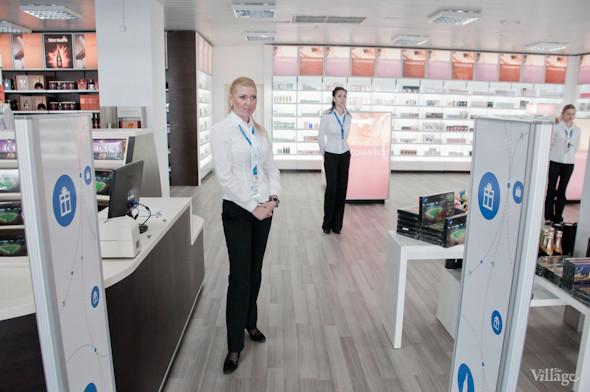 Фоторепортаж: В аэропорту Борисполь открыли самый большой на Украине терминал. Зображення № 21.