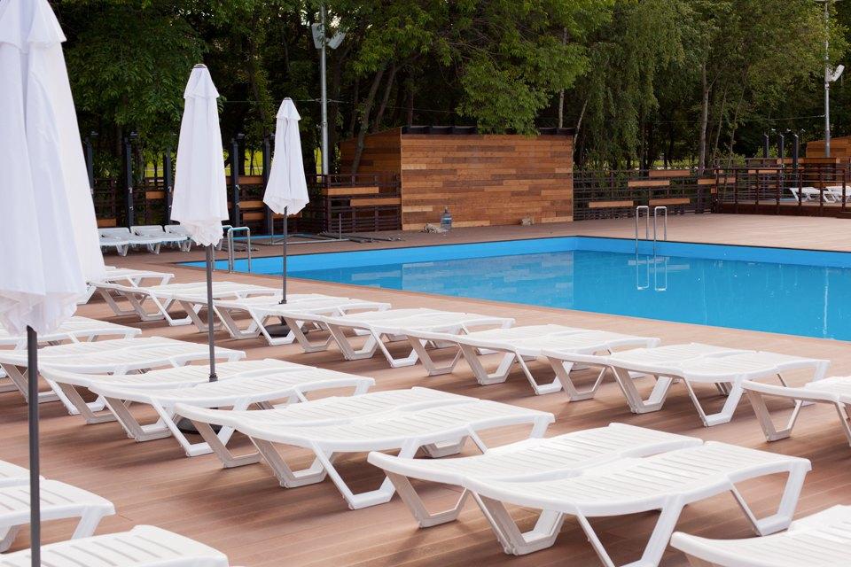 Жизнь — курорт: Пять новых открытых бассейнов вМоскве. Изображение № 14.