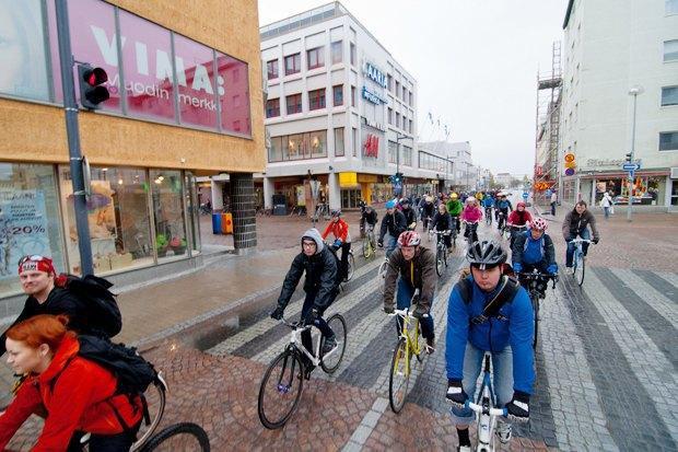 Консультант мэрии финского Оулу — о зимнем велодвижении. Изображение № 10.