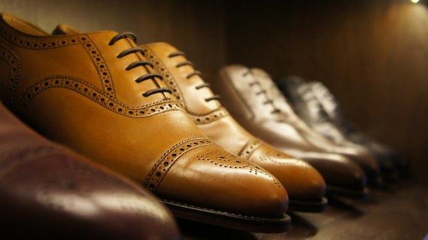 На Марата открылся магазин мужской обуви ручной работы. Изображение №2.