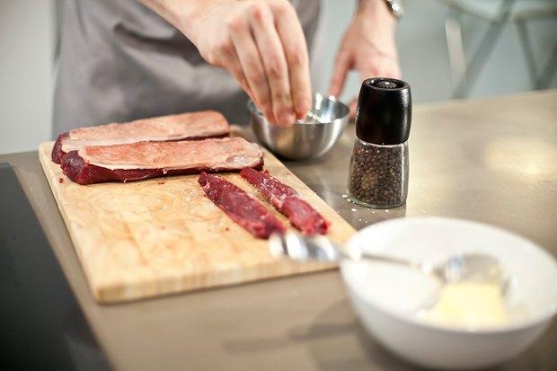 Шеф дома: Ягненок, хумус иоблепиховый десерт шефа «Стрелки». Изображение № 51.