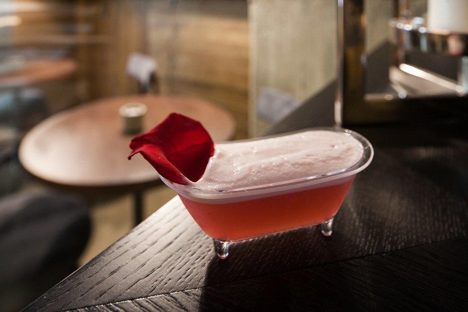 Коктейль Pink Lady — 350 рублей  . Изображение № 13.
