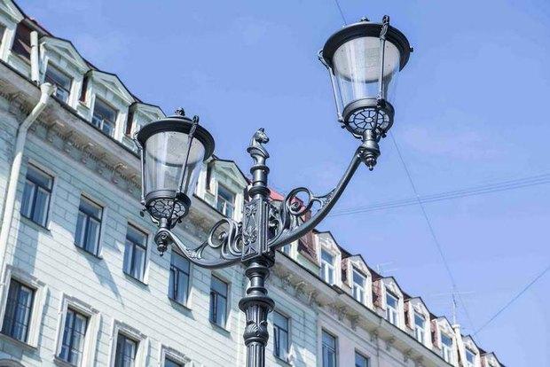 На Малой Конюшенной установили энергосберегающие фонари. Изображение № 2.