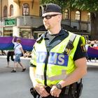 Вышли из строя: российские полицейские-геи о рабочих буднях. Изображение № 1.