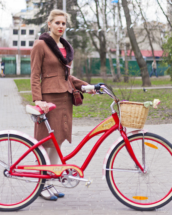 С твидом на город: Участники первого «Ретрокруиза»— о своей одежде и велосипедах. Изображение №57.
