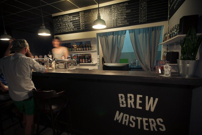 На«Комендантском проспекте» открылся пивной бар BrewMasters. Изображение № 4.