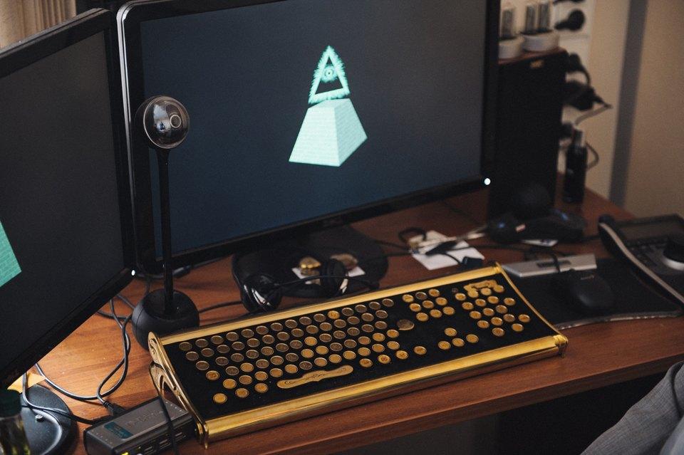 Хакер Алексей Смирнов— отом, кто взламывает аккаунты простых людей икак этого избежать. Изображение № 2.
