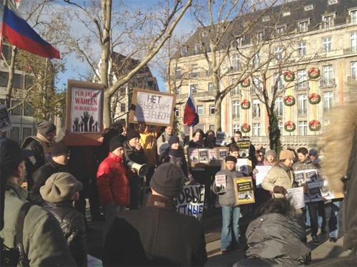 Онлайн-трансляция (Петербург): Митинги за честные выборы. Изображение № 47.