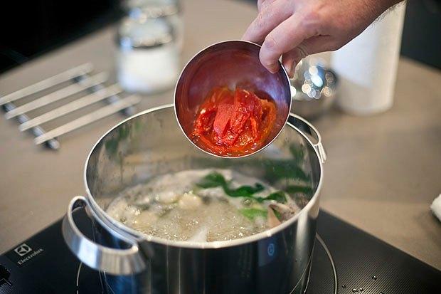Шеф дома: Том ям и сашими из тунца Геннадия Иозефавичуса. Изображение № 51.