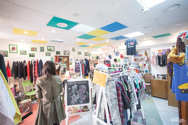 Гид по секонд-хендам и винтажным магазинам: 11 мест в Петербурге. Изображение № 117.