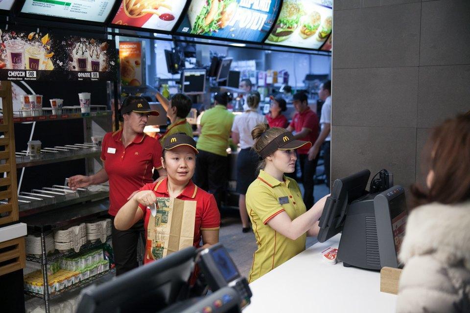 Вновь открывшийся «Макдоналдс» на «Пушкинской». Изображение № 2.