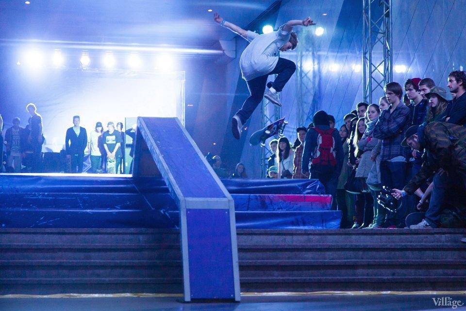Фото ночи: Скейтерский чемпионат в метро. Изображение № 8.
