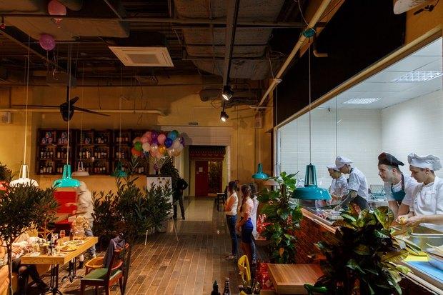 В Озерках открылся самый большой вгороде ресторан «Марчелли's». Изображение № 2.