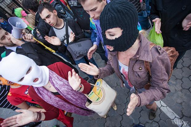 Женский день: Как поддержали Pussy Riot в Киеве. Зображення № 13.