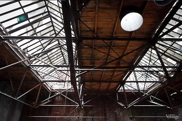 Бывший производственный цех, на территории которого разместятся арендаторы. Февраль 2011. Изображение № 7.