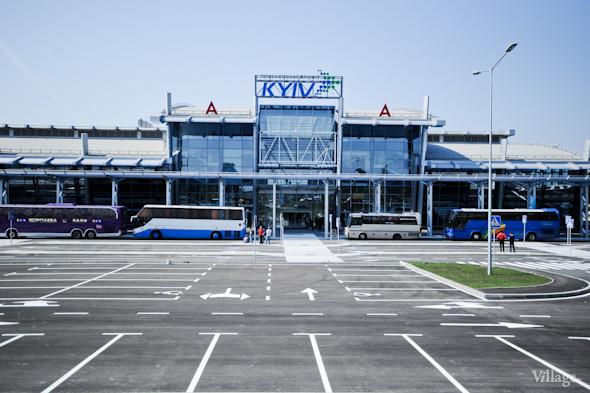 Фоторепортаж: Новый терминал аэропорта Киев — за день до открытия. Зображення № 11.
