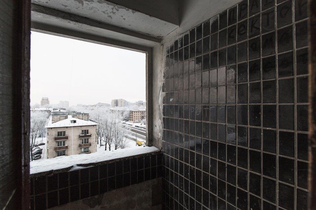 Яживу вдоме-пластине наплощади Победы (Петербург). Изображение № 16.