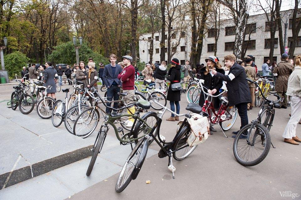 Твид выходного дня: Участники ретрокруиза — о своей одежде и велосипедах. Зображення № 7.