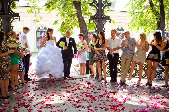 Сезонное предложение: 4 современные свадьбы. Изображение № 10.