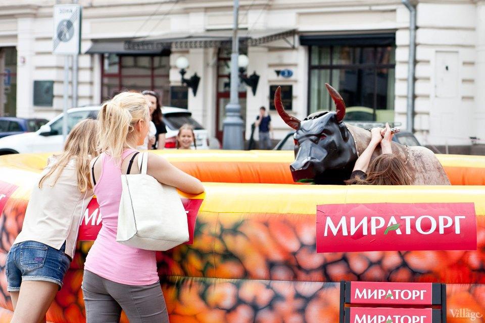 Между булок: 6 бургеров сфестиваля на Кузнецком Мосту. Изображение № 53.