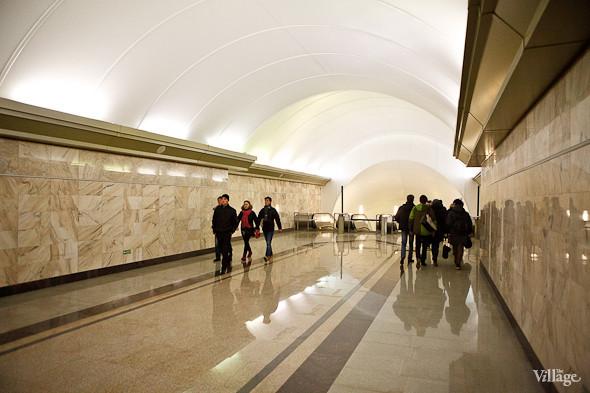 На новой станции метро «Адмиралтейская» уже произошло несколько аварийных остановок эскалатора. Изображение № 14.